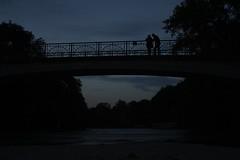 A couple welcome the night (Furan.Sugo) Tags: night couple bridge sundown nuit love munich münchen pont coucherdesoleil dark darkness nacht notte brücke