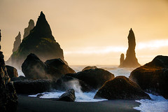 Reynisdragar (Mathijs Buijs) Tags: reynisfjara beach reynisdragar basalt sea stacks vik myrdal south southern iceland europe canon eos 5d mark mk iii