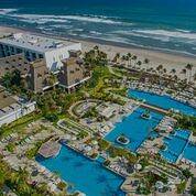 LIVE AUCTIONS! (Helping Paws Foundation) Tags: helpingpawssandiego vidanta liveauction value luxury military