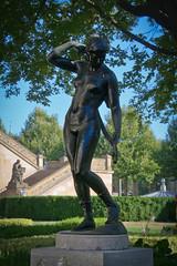 Diana - 1 (woto) Tags: escultura diana reinholdfelderhoff berlin germany alemania bronce sculpture bronze nudewoman nude art garden tree árbol hdr nudesculpture mujerdesnuda nudeart