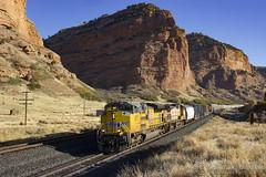 Monolithic Echoes (Josh 223) Tags: echocanyon evanstonsubdivision unionpacific freighttrain manifest diesellocomotive train railroad railway up echo utah up8717 emd