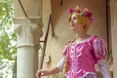 Sigurtà 2018 (Anya Rose Photography) Tags: parco giardino sigurtà cosplay cosplayitalia costume flowers disney diseycosplay tangled rapunzel girl blonde