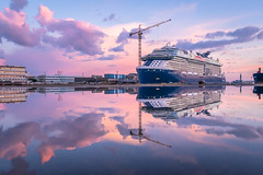 Celebrity Edge (Philippe POUVREAU) Tags: 2018 penhoët reflecting reflets reflections reflection ship boat navire paquebot cruiseship celebrityedge saintnazaire paysdelaloire loireatlantique crépuscule water eau bassin chantiersatlantique underconstruction constructionnavale calmweather shipyard celebritycruises