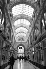 Nantes (mamalaas) Tags: nantes loireatlantique noir blanc black white lignes galerie villes cities