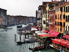 Canale Grande (almresi1) Tags: stadt city town buildings gebäude venedig venice venezia hafen harbour steg colours bunt water flus river italy italien europe kanal historisch historic