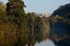 River Thames Bray Maidenhead Cliveden 21 October 2018 091 (paul_appleyard) Tags: river thames cliveden october 2018 autumn fall glorious day leaves colours colors reflections reflected house national trust buckinghamshire