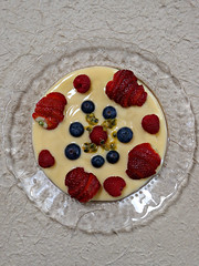 2018 Sydney: Dessert (dominotic) Tags: 2018 food dessert fruit raspberry strawberry blueberry redfruits berries custard passionfuit yᑌᗰᗰy circle sydney australia