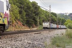 La primera vegada (Escursso) Tags: adif barcelona canon castellbisbal renfe trainspotting rail railway spain spotting train tren 251002 japonesa mercancias fail