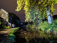 Brownhill (Craig Hannah) Tags: uppermill saddleworth canal huddersfieldcanal water reflection lightpainting longexposure night autumn fall craighannah october 2018 westriding yorkshire oldham greatermanchester pennine village canon photography photos trees towpath narrowboat england uk brownhills viaduct bridge train lighttrails