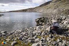 Lake-side break (HendrikMorkel) Tags: sweden vålådalen åre gregoryoptic48 lightweightbackpack backpacking backpack gregory optic48backpack