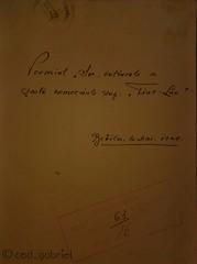 """The prize of the cultural society """"Fiat lux"""" of  Brăila Superior School of Commerce for Boys, 1929. (cod_gabriel) Tags: fiatlux book carte premiu prize şcoalacomercială 1929 brăila huawei speedsurfer braila handwrite handwritten"""