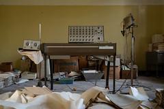 (bryan.cr2) Tags: urbex urbanexploration exploration abandoned exploring italian italy italia hospital asylum manicomio mentalinstitution