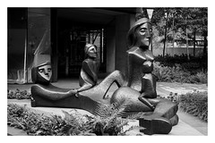 A Family in Residence (OneCut) Tags: london streetphotography architecture city buildings sonnar1550 zeisssonnar50 londonstreets ivanmurray neobankside familyinresidence bronze statues sculpture