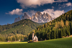 Majestic Odles (Ettore Trevisiol) Tags: ettore trevisiol nikon d7200 sigma 17 50 28 dolomites dolomite dolomiti valley valle funes odle alps alpi clouds nuvole