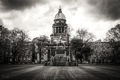 West Register House, Edinburgh, UK (KSAG Photography) Tags: blackandwhite dome architecture scotland unitedkingdom europe uk britain history heritage statue city urban moody nikon may 2018 spring