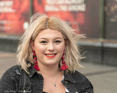 Charlie - DSC_0919 (John Hickey - fotosbyjohnh) Tags: 2018 dublin october2018 photoshoot street stranger streetphotography woman lady female portrait