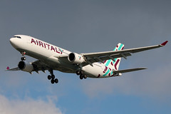 EI-GGO | Airbus A330-202 | Air Italy (cv880m) Tags: newyork jfk kjfk kennedy aviation aircraft airplane jet airliner airline jetliner eiggo airbus a330 332 330200 330202 airitaly italy