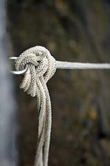 Marine Knot (YellowSingle 单黄) Tags: marine knot harbor arbor socoa boat mooring ocean atlantic pays basque nikon 810