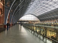 St Pancras International Station, London. (Dradny) Tags: eurostar champagne champagnebar architecture victorian stpancrasinternational capital stations london stpancras