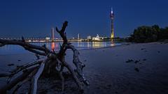 Empty beach (Norbert Clausen) Tags: thebluehour bluehour paradiesstrand rheinturm langzeitbelichtung longexposure