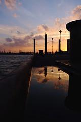 Sommer auf Vorrat. (Summer Jay) Tags: landscape fujixt2 fuji germany hamburg reflectioninwater colororange water waterfront sunset