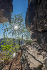on the rocks (wolf238) Tags: elbe flus wasser river sonne sun sol elbsandsteingebirge sächsischeschweiz bastei reflektion fels felsen rock