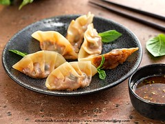 Puttanesca Potstickers 1 (Bitter-Sweet-) Tags: vegan food savory healthy snack appetizer potstickers dumplings pasta stuffed filled wontons wrappers gyoza homemade vegetarian tofu meatless italian puttanesca tomato olive basil fresh asian japanese easy oliveoil herb dipping sauce recipe diy