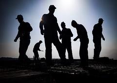 Bauarbeiter (sueley) Tags: silhouette baustelle manisa hatunköy soma türkei ege architektur gegenlicht profil bauarbeiter