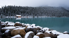 Lake Louise (stephaniepluscht) Tags: canada 2018 banff national park alberta lake louise boathouse boat house snow rocks