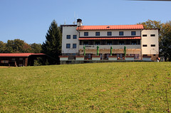 pl. dom Omanovac