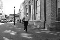 Stroll in the Traverse (Bury Gardener) Tags: 2018 nikond7200 nikon bw blackandwhite burystedmunds england eastanglia uk britain suffolk streetphotography street streetcandids snaps candid candids people peoplewatching folks monochrome mono traverse