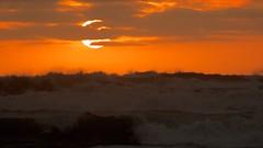 Waves at Sunset (José Rambaud) Tags: olas waves sol sun sunset sunlight atardecer punakaiki westcoast paparoa newzealand nuevazelanda beach playa mar seascape sea tasmansea mardetasmania pacific pacificocean océanopacífico