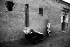 The art of waiting~ Marrakech (~mimo~) Tags: africa berber magreb marrakech mimokhairphotography morocco northafrica photography street travel absoluteblackandwhite