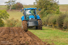 Ploughing at Hutton Magna Sep 2018 (1) (Richard Laidler) Tags: agriculture arable autumn farm farming farmland furrow furrows machinery newholland plough ploughing soil sun sunny sunshine tractor
