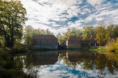 Molen Singraven (Chantal van Breugel) Tags: herfst landschap watermolen singraven dinkelland twente overijssel reflecties canon5dmark111 canon24105