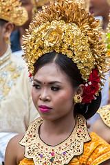 IMG_6673-tr (JLBenazra) Tags: bali cérémonie sawan indonésie costumes