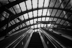 Canary warf (London) (Luis DLF) Tags: canarywarf london financial underground station canon blackandwhite 70d