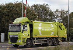 AV66ROH - Ellgia Recycling (AndrewHA's) Tags: cambridgeshire ely railway station level crossing lorry truck daf trucks dust cart av66roh ellgia recycling green
