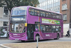 RB 223 @ Reading train station (ianjpoole) Tags: reading buses alexander dennis enviro 400h sn61bco 223 working route pink 24 friar street chalgrove way emmer green