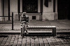 Being for Himself (Tom Levold (www.levold.de/photosphere)) Tags: fuji poznan xt2 night sw bw people street candid portrait porträt nacht