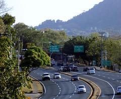 Transistmica (Neo-noir) Tags: road city tropical hill traffic ciudad panama ancon balboa