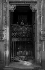 Gate to Hell [Explored] ©2018 Steven Karp (kartofish) Tags: monochrome philadelphia pennsylvania pa 18thandpine fuji fujifilm xt2 gatesofhell iron gate rittenhousesquare