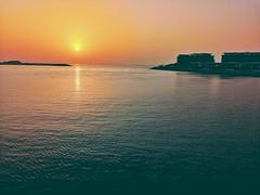 #sunset #jumeirah #dubai (usman.dasyal) Tags: jumeirah sunset dubai
