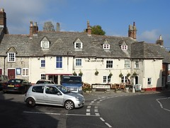 The Greyhound, The Square, Corfe Castle, Dorset 10 October 2018 (Cold War Warrior) Tags: greyhound inn pub corfe breweriana