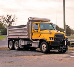 West Virginia Division of Highways Fleet ID 377-615 (Seth Granville) Tags: west virginia division highways 2018 freightliner 114sd henderson mark e dump body snow plow