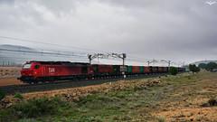 Tramesa en La Encina (lagunadani) Tags: takargo tramesa 6006 laencina 335 vossloh locomotora diesel tren ferrocarril mercancias euro4000