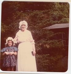 1976_07_04_Jen Mayer and Nana Jones (Ken_Mayer) Tags: mayer family vinsonhallclearout