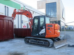 ZAXIS 85USB (emilyD98) Tags: pelle pelleteus hydraulique excavatrice engin excavator hydraulic chantier tp btp zaxis 85usb orange construction site