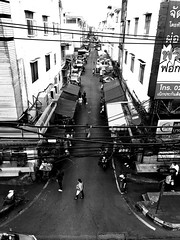 🌆 #blackandwhite #b&w #shotoniphone #hometown #thailand (jayvisitsilp) Tags: blackandwhite b shotoniphone hometown thailand