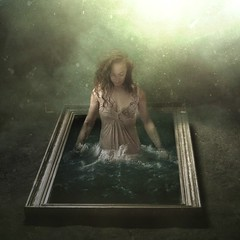 Water mirror (Isabella Indiesigh Ph) Tags: water mirror conceptualphotography fineartphotography model indiesigh isabellaquaranta creative interesting light italy darknessandlight 2018 elisaspagone turin art photography photographer quadro cornice specchio beautiful surreal